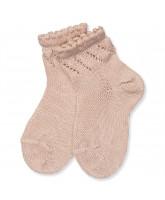 Socken in Rosa mit Lochmuster