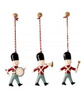 Ornamentschachtel mit 3 Gardisten